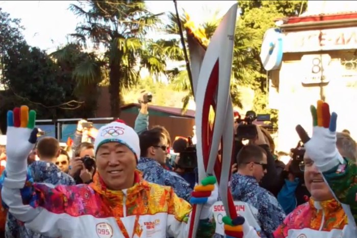 Secretary-General Ban Ki-moon participates in Olympic torch relay ahead of Sochi Games. UN Photo