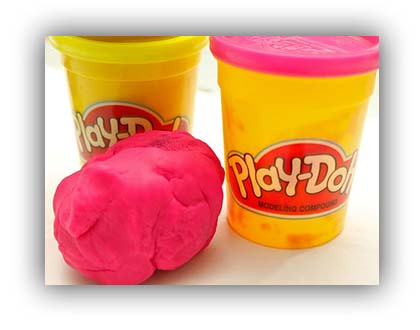 670px-Revive-Dry-Play-Doh-Step-1.jpg